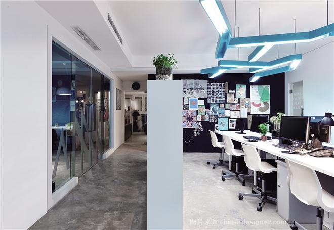 annnd共和办公室-屈慧颖的设计师家园-空间与vi的无缝链接